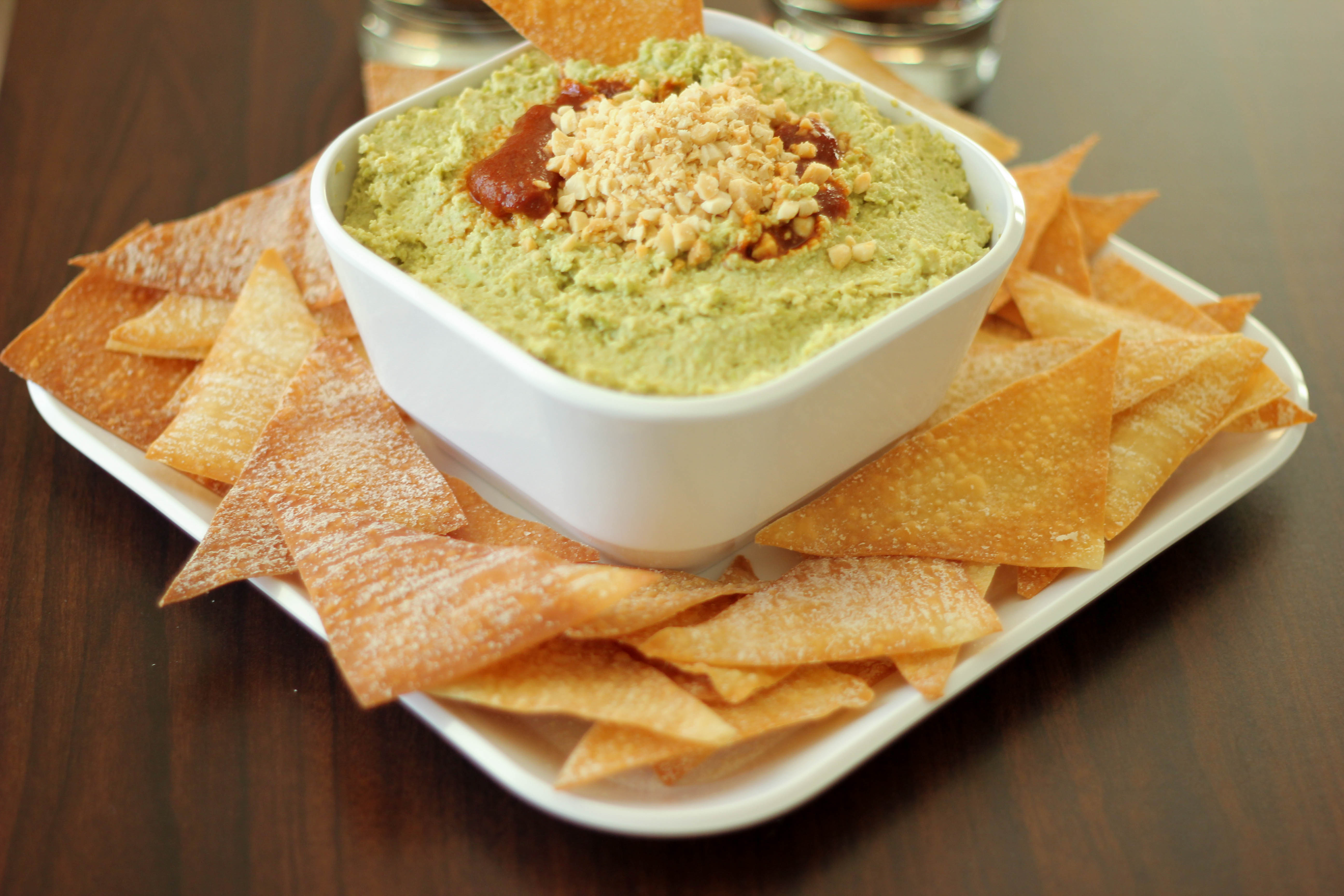 Wonton Chips with Asian Inspired Hummus | Stirlist